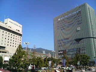 三宮駅から六甲山方面