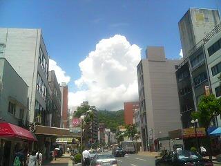くっきり入道雲