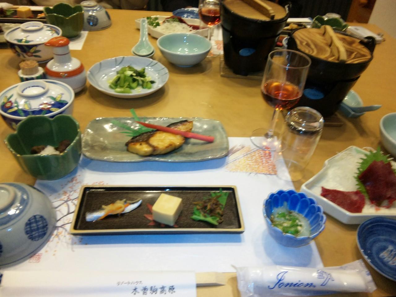 保養所の夕食3