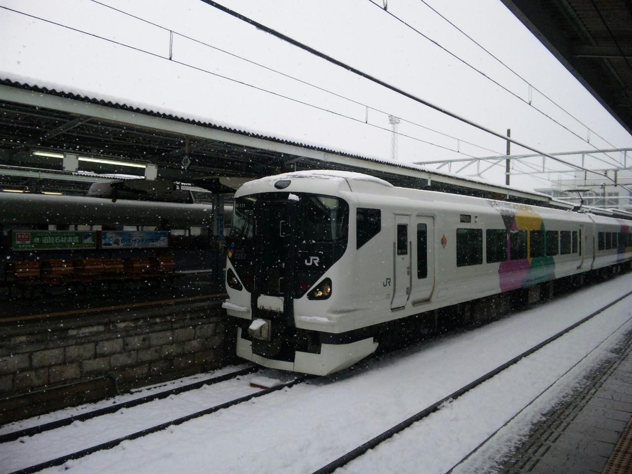 雪の松本駅