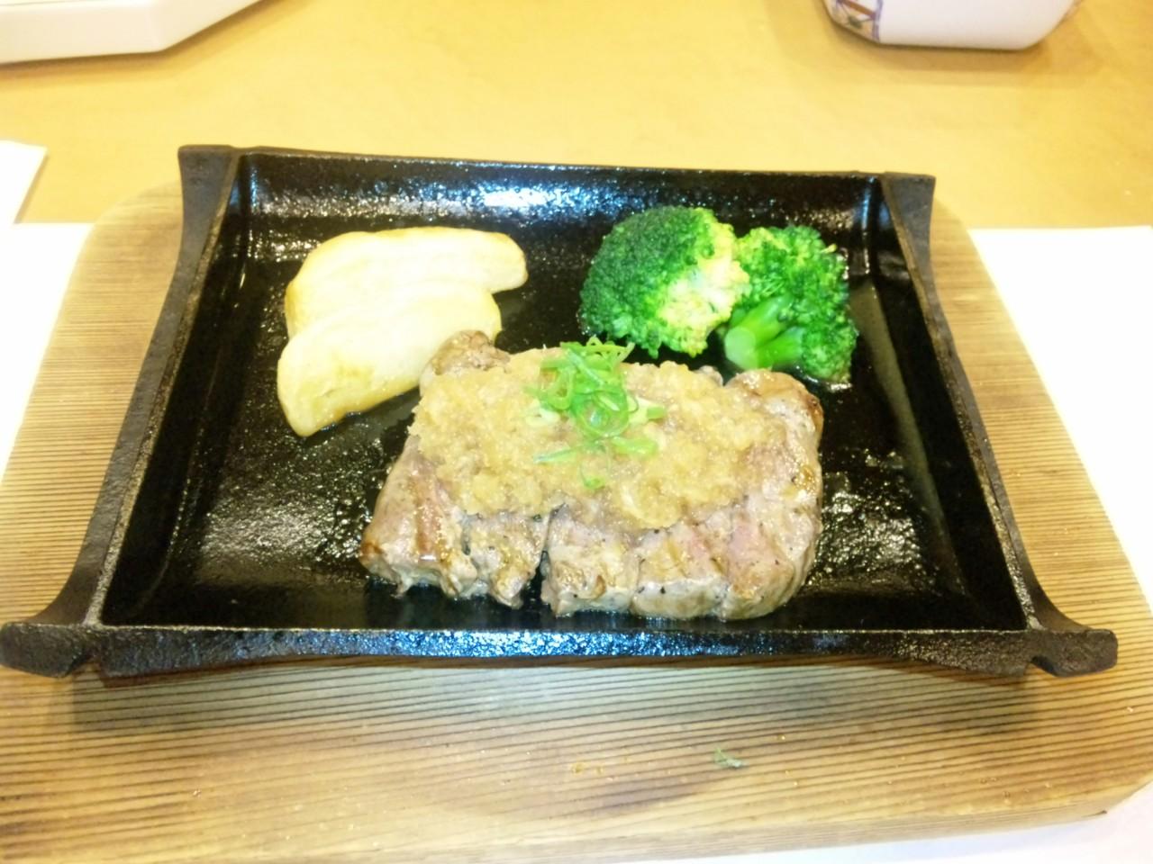 保養所の夕飯3